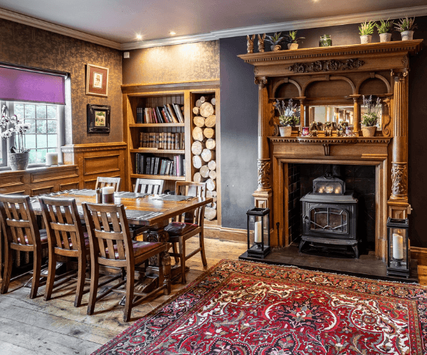Book a table at The Bear's Paw
